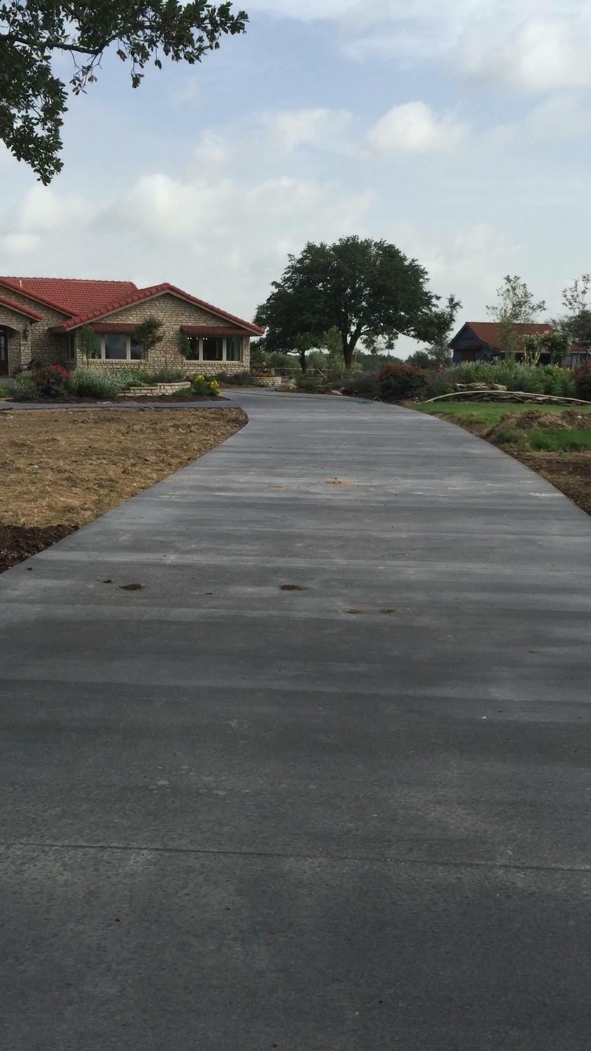 Concrete-driveway-after